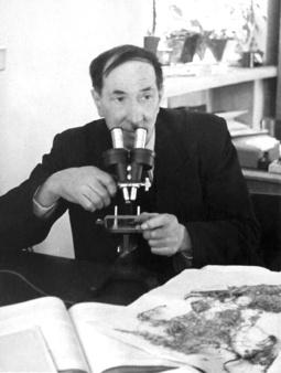 Михаил Григорьевич Попов