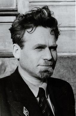 Моисей Эльевич Кирпичников